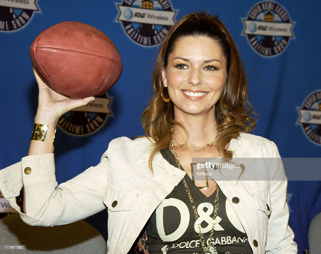 Shania Twain during Super Bowl XXXVII - AT&T Wireless Super Bowl XXXVII Halftime Show Media Conference Agenda at San Diego Convention Center in San Diego, California, United States.