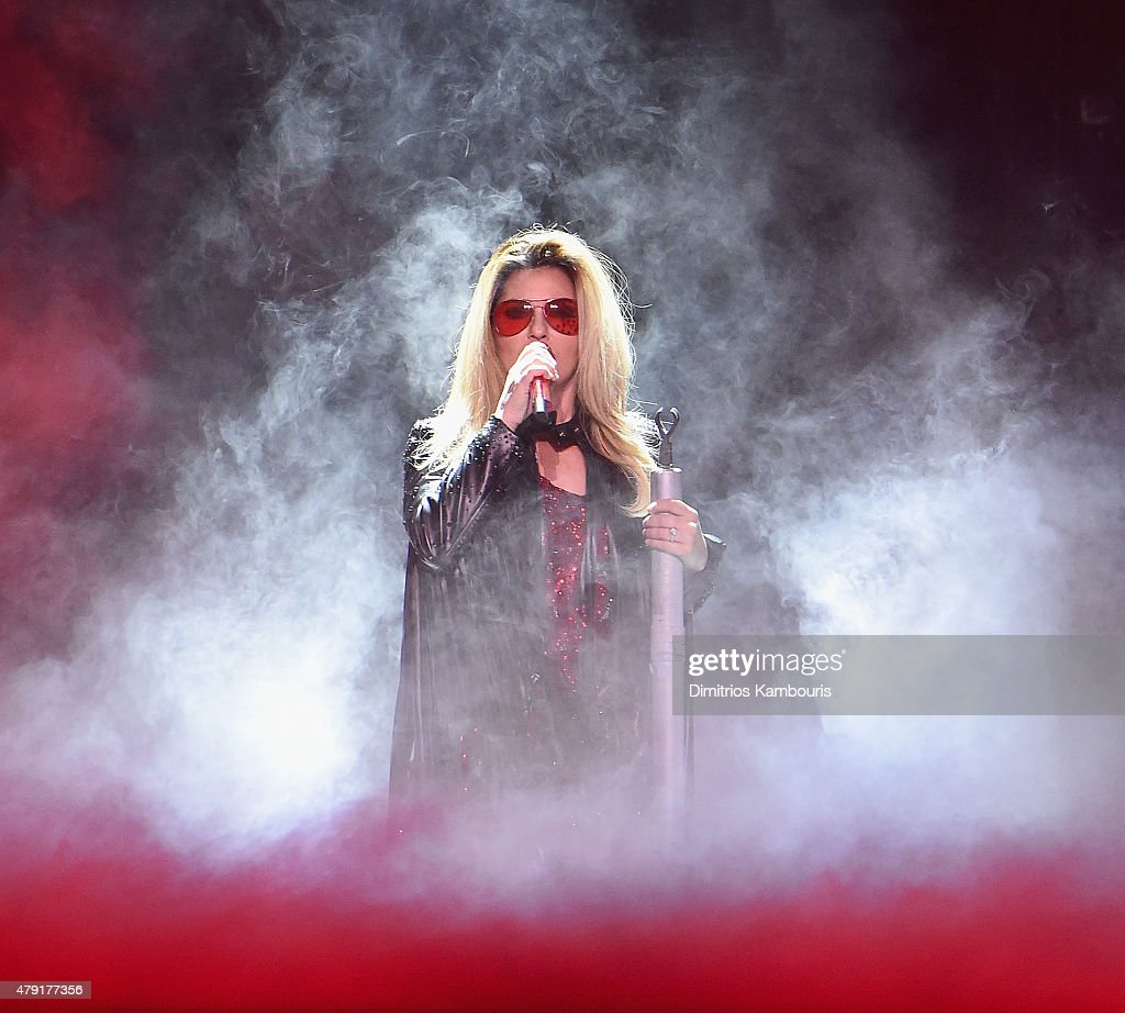 Shania Twain performs at Nassau Coliseum on July 1, 2015 in Uniondale, New York.