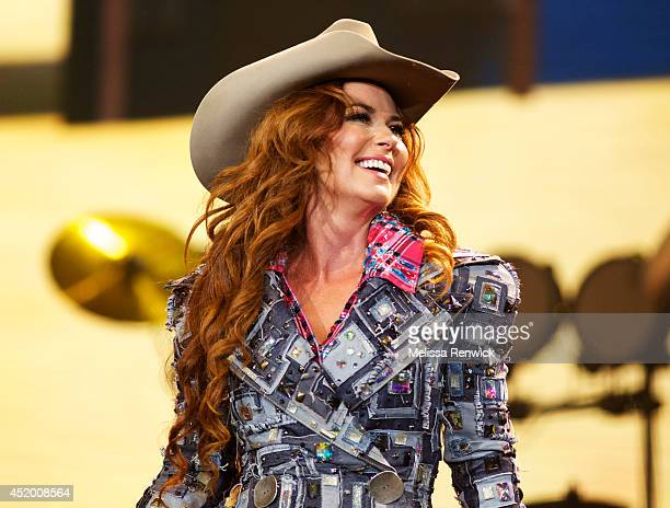 Shania Twain performs at the Calgary Stampede at Scotiabank Saddledome on July 10, 2014 in Calgary, Canada.
