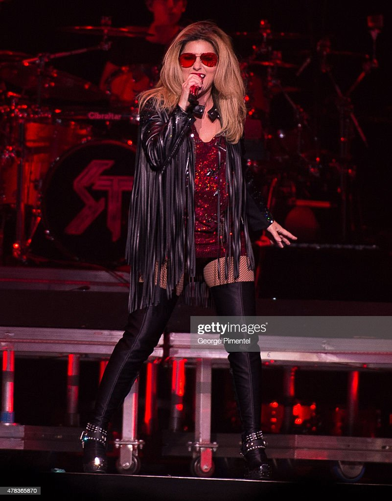 "Shania Twain In Concert - ""Rock This Country"" Tour - Toronto, ON"