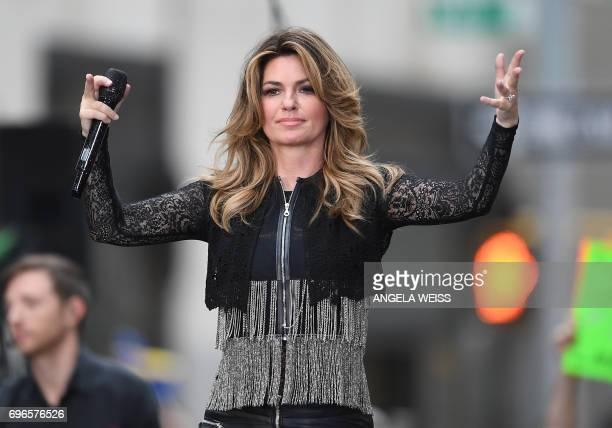 Shania Twain performs on NBC's 'Today' at Rockefeller Center on June 16 2017 in New York City / AFP PHOTO / ANGELA WEISS