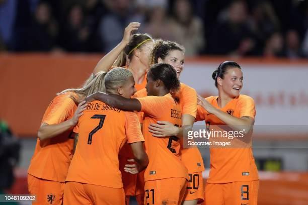 Shanice van de Sanden of Holland Women celebrates 2-0 with Lineth Beerensteyn of Holland Women, Desiree van Lunteren of Holland Women, Anouk Dekker...
