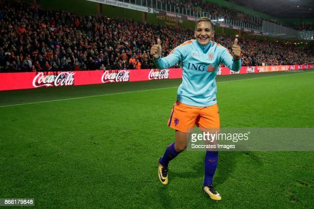 Shanice van de Sanden of Holland Women celebrates the victory during the World Cup Qualifier Women match between Holland v Norway at the Noordlease...