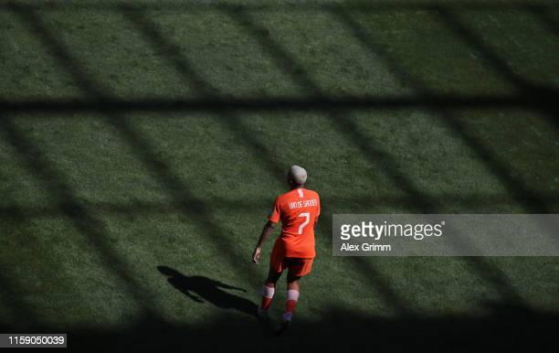 Shanice van de Sanden of Netherlands reacts during the 2019 FIFA Women's World Cup France Quarter Final match between Italy and and Netherlands at...