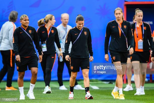 Shanice van de Sanden of Netherlands women Sherida Spitse of Netherlands women Anouk Dekker of Netherlands women explore stade Hainaut Valenciennes...