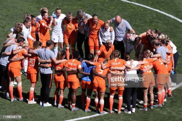 Shanice Van De Sanden of the Netherlands speaks to her teammates on the pitch as they form a huddle after the 2019 FIFA Women's World Cup France...