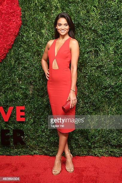 Shanina Shaik attends the 2015 God's Love WE Deliver Golden Heart Awards at Spring Studios on October 15, 2015 in New York City.