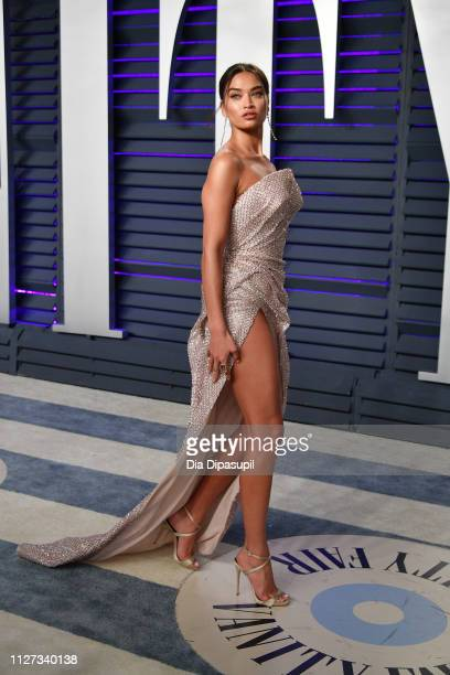 Shanina Shaik attends the 2019 Vanity Fair Oscar Party hosted by Radhika Jones at Wallis Annenberg Center for the Performing Arts on February 24 2019...