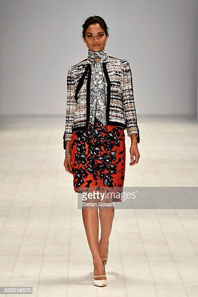 Shanina Shaik walks the runway during the Oscar de la Renta show presented by Etihad Airways at MercedesBenz Fashion Week Resort 17 Collections at...