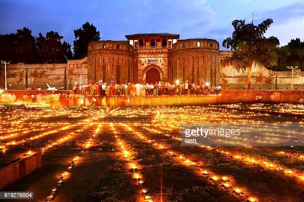 shaniwarwada deepotsav pune - diwali stock pictures, royalty-free photos & images