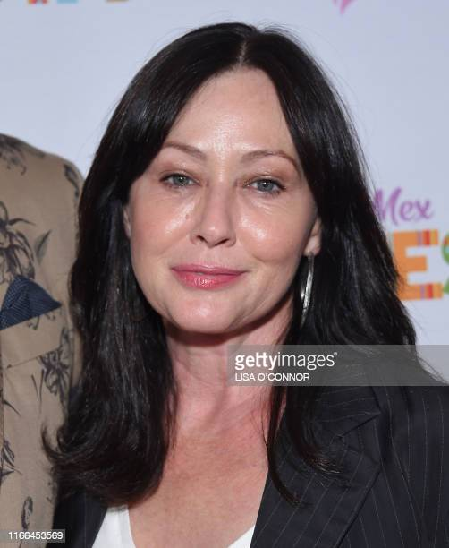 Shannen Doherty walks the carpet at the Farrah Fawcett Foundation's TexMex Fiesta honoring Marcia Cross at Wallis Annenberg Center for the Performing...