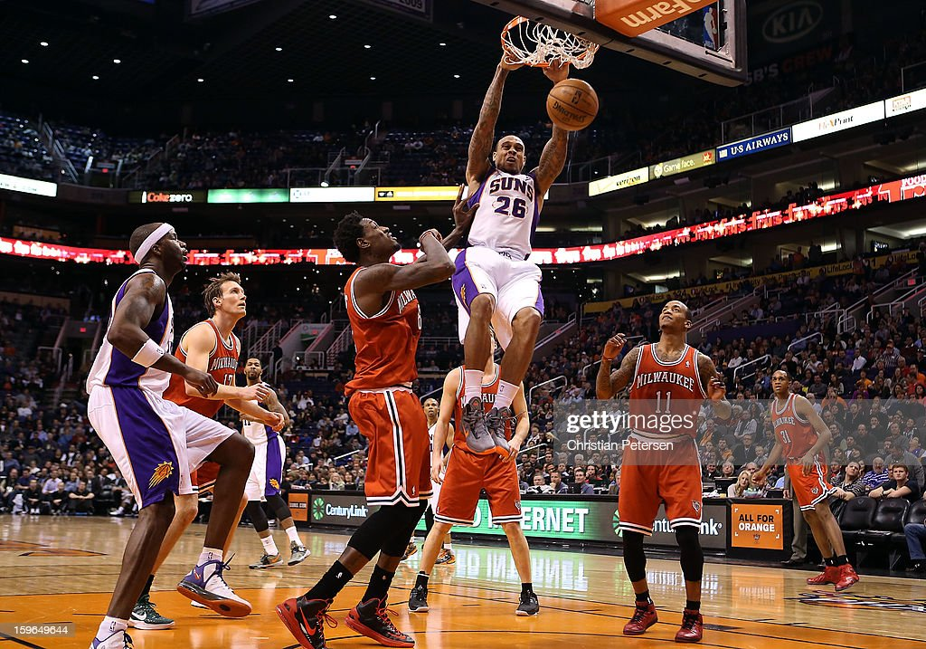 Shannon Brown #26 of the Phoenix Suns slam dunks the ball against the Milwaukee Bucks during the NBA game at US Airways Center on January 17, 2013 in Phoenix, Arizona. The Bucks defeated the Suns 98-94.