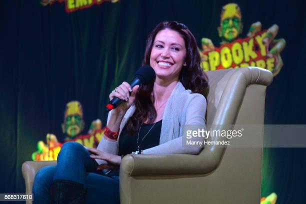 Shannon Elizabeth at the Spooky Empire Horror Convention at the Hyatt Regency on October 28 2017 in Orlando Florida