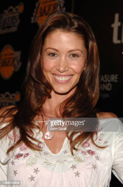 Shannon Elizabeth during 2nd Annual Lakers Casino Night Benefiting the Lakers Youth Foundation - Red Carpet and Inside at Barker Hanger in Santa...