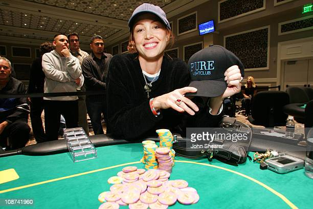 Shannon Elizabeth winner during New Year's Eve 2006 in Las Vegas Pure Nightclub Presents the Opening of the Caesars Palace Poker Room at Caesars...