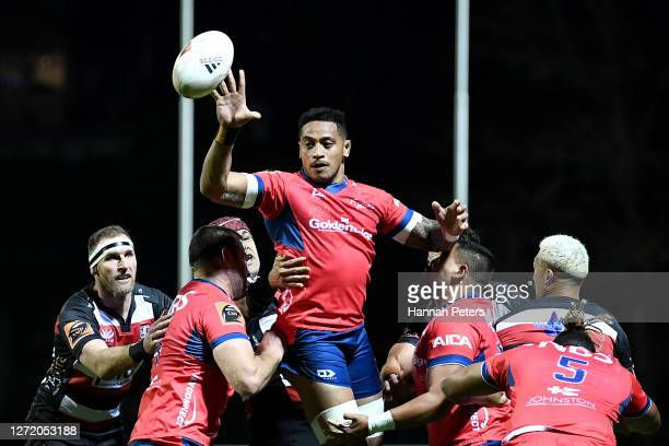 Shannon Frizell of Tasman wins lineout ball during the round 1 Mitre 10 Cup match between Counties Manukau and Tasman at ECOlight Stadium on...