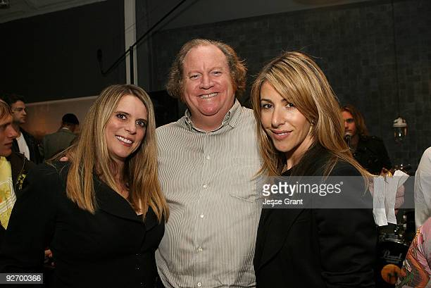 Shannon Hill John Carrabino and Suzy Schuster attend the Choose Or Lose Your Toys event at the Obsolete Gallery on November 3 2009 in Venice...