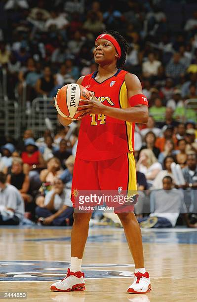 Shannon Johnson of the Connecticut Sun prepares to shoot from the free throw line during the WNBA game against the Washington Mystics at MCI Center...
