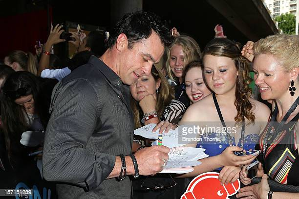 Shannon Noll arrives at the 26th Annual ARIA Awards 2012 at the Sydney Entertainment Centre on November 29 2012 in Sydney Australia