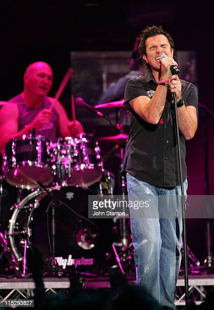 Shannon Noll during MTV Australia Video Music Awards 2006 Show at Superdome in Sydney Australia