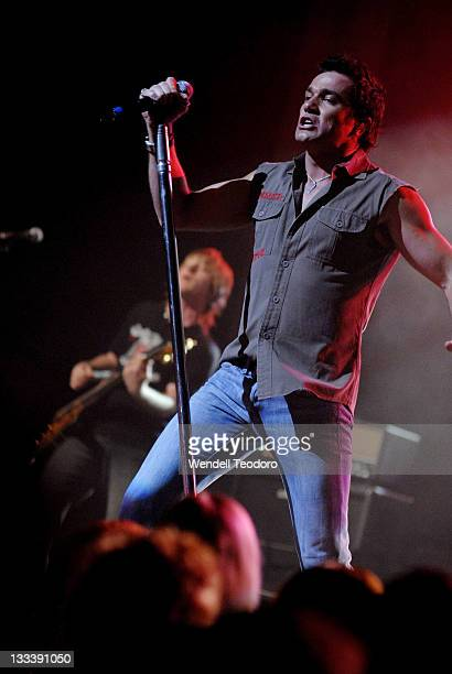 Shannon Noll performs on stage at The Enmore Theatre on November 27 2007 in Sydney Australia