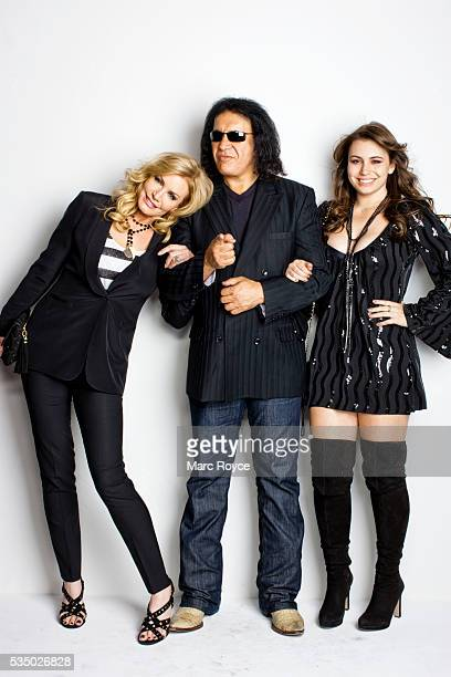 Shannon Tweed Gene Simmons and Sophie Simmons