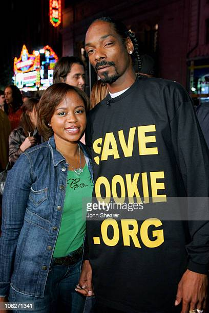 Shante Broadus and Snoop Dogg during Paramount Pictures' Get Rich or Die Tryin' Los Angeles Premiere Red Carpet at Grauman's Chinese Theatre in...