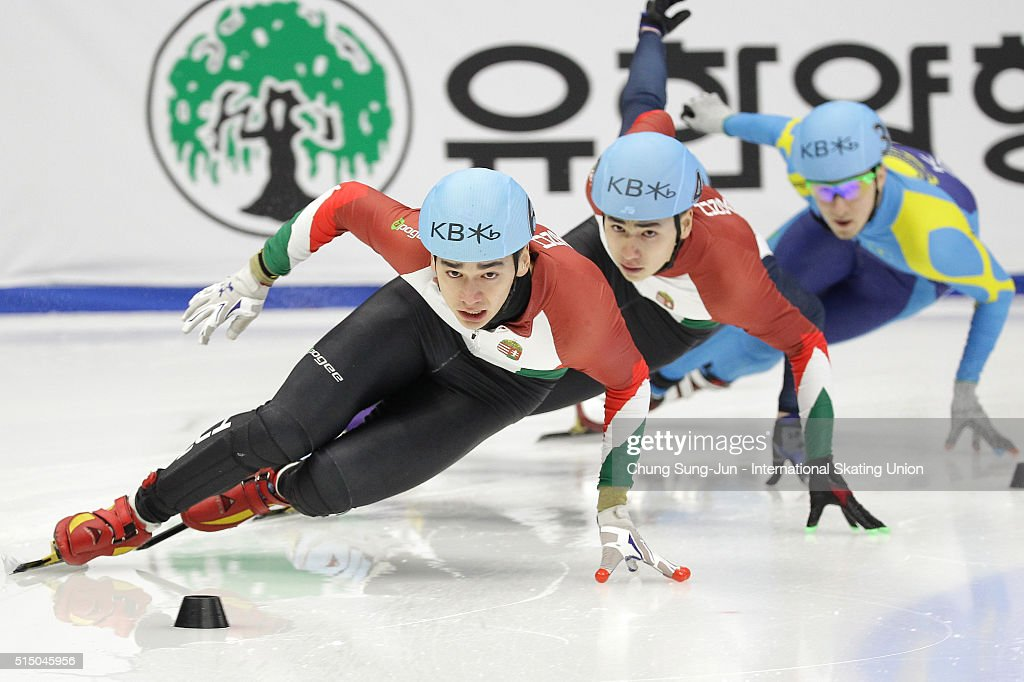 Shaolin Sandor Liu of Hungray competes in the Men 500m Semifinals during the ISU World Short Track Speed Skating Championships 2016 at Mokdong Icerink on March 12, 2016 in Seoul, South Korea.