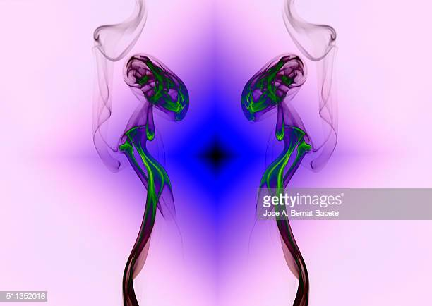 Shapes and symmetrical patterns of colored smoke