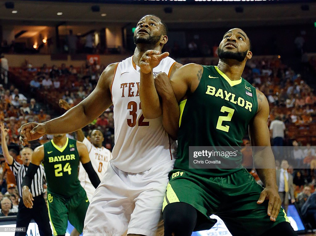 Baylor v Texas : News Photo