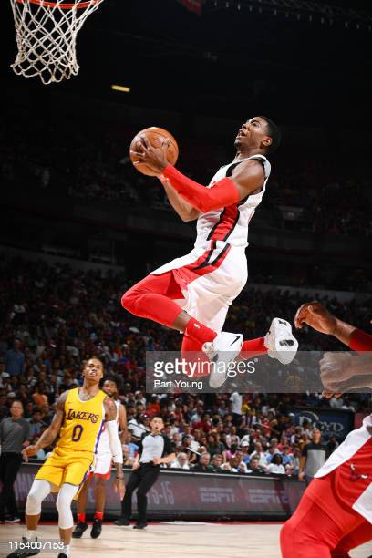 Shaquille Harrison of the Chicago Bulls drives to the basket during the game against the Los Angeles Lakers during Day 1 of the 2019 Las Vegas Summer...