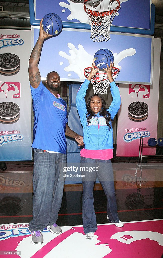 "Venus Williams & Shaquille O'Neal Compete In The ""Triple Double Oreo Cookie 'Game Day' Challenge"""