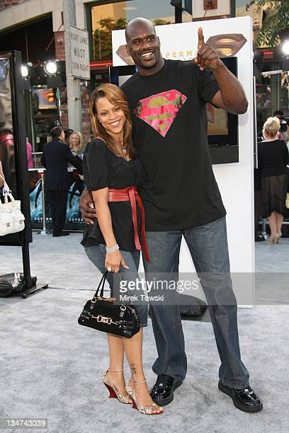 Shaquille O'Neal during 'Superman Returns' Los Angeles Premiere at Mann Village and Bruin Theaters in Westwood California United States
