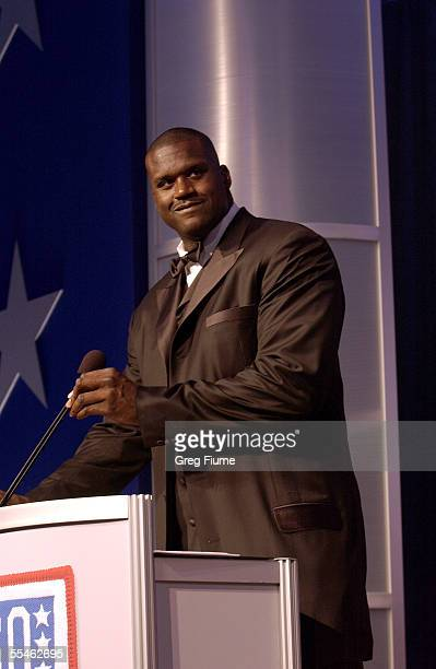 Shaquille O'Neal speaks at the USO Gala honoring General Richard B. Myers on September 14, 2005 at the Hilton Washington in Washington, DC. O'Neal...