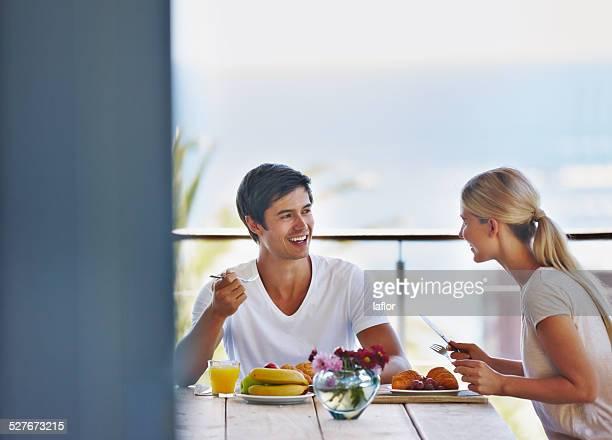 Genießen Sie ein Frühstück mit Ihrem geliebten Partner