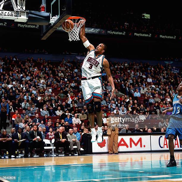 Shareef AbdurRahim of the Vancouver Grizzlies dunks against the Minnesota Timberwolves circa 2001 at General Motors Place in Vancouver Canada NOTE TO...