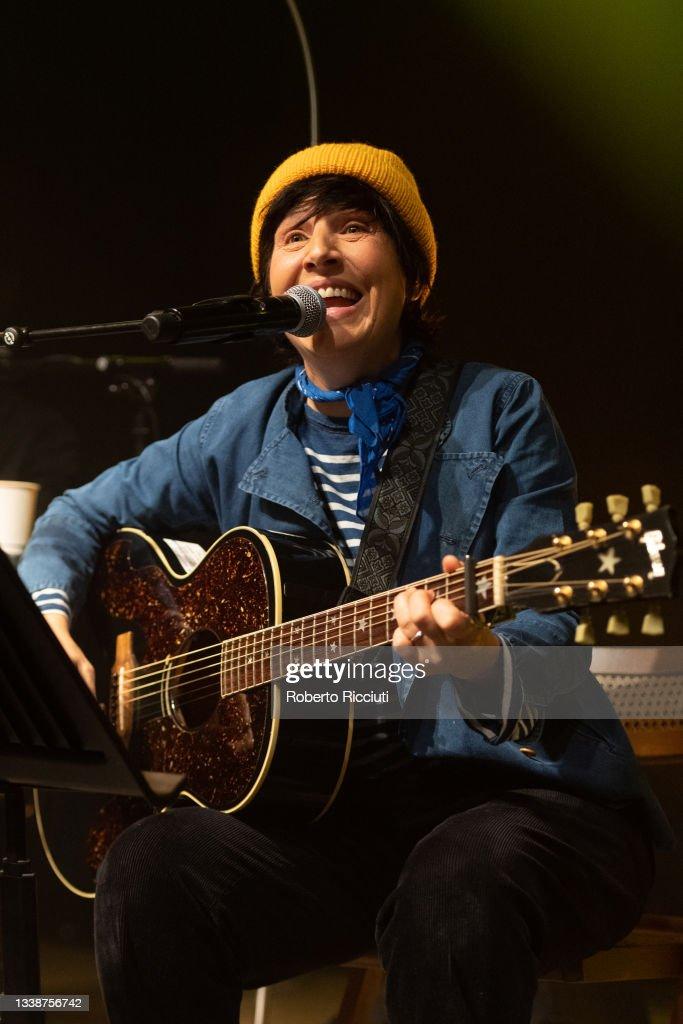 Texas Perform At The Queen's Hall, Edinburgh : News Photo