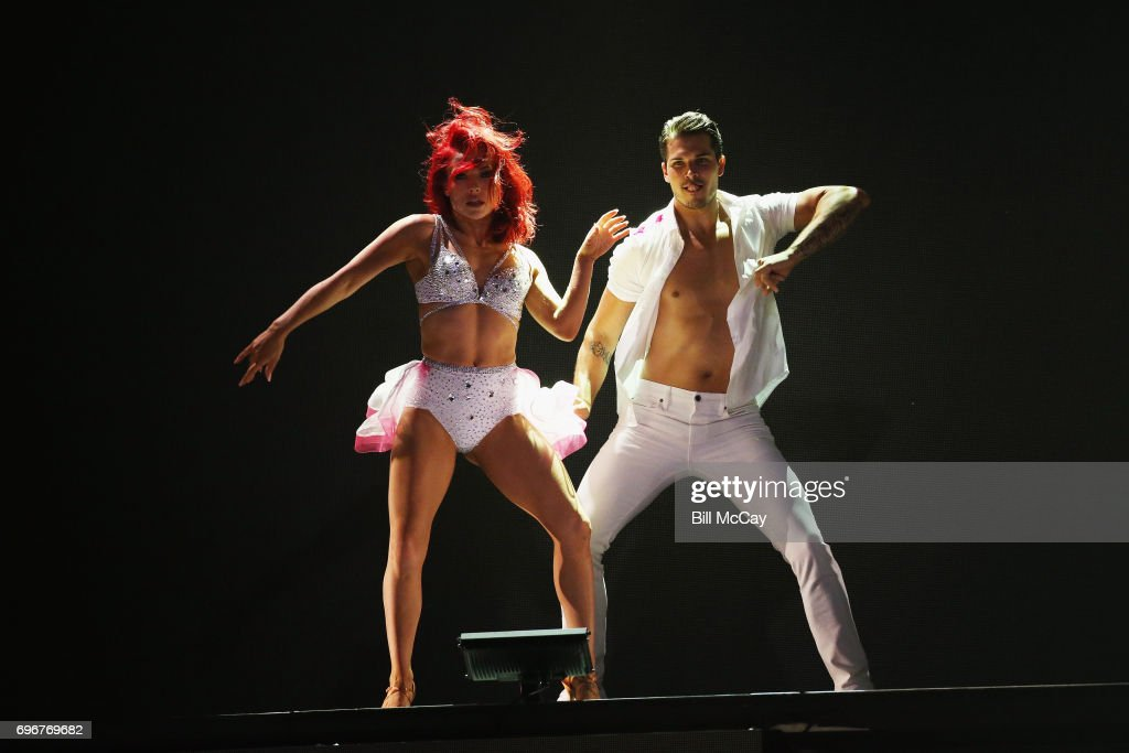 Dancing With The Stars: Live! - Hot Summer Nights Tour - Atlantic City, New Jersey : News Photo