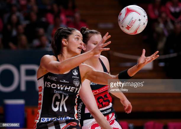 Sharni Layton of the Magpies in action during the round 14 Super Netball match between the Thunderbirds and Magpies at Titanium Security Arena on May...