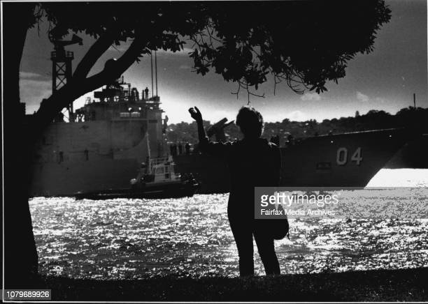 Sharon Gray farewells her husbandTaken at the Garden Island Naval BaseAustralian ships leave for the GulfThe Darwin is farewelled from Sydney Harbour...