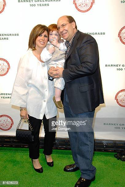 Sharon Greengrass Moe Greengrass and Gary Greengrass attend the Barney Greengrass celebration of 100 years on June 18 2008 at Barney Greengrass in...