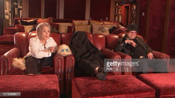 """Sharon, Kelly and Ozzy Osbourne in the """"The Watch Party Has Begun"""" series premiere episode of CELEBRITY WATCH PARTY airing Thursday, May 7 on FOX."""