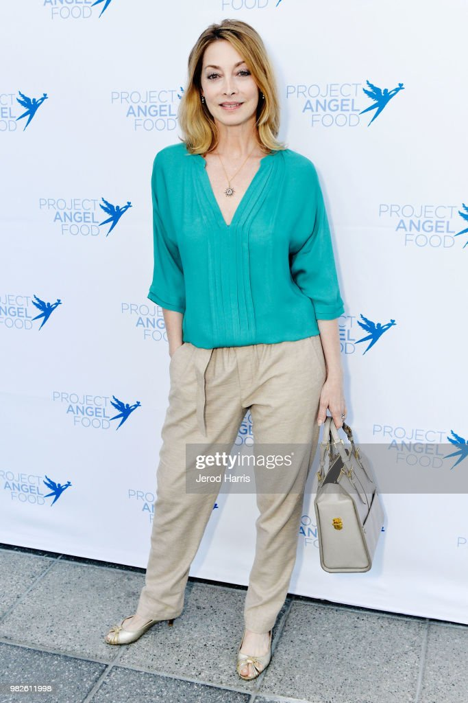 Sharon Lawrence attends Project Angel Food's 23rd Annual Angel Art ART=LOVE Benefit Auction at NeueHouse Hollywood on June 23, 2018 in Los Angeles, California.