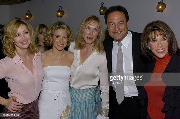 Sharon Lawrence Chilina Kennedy Colleen Fitzpatrick Gary Lynch and Kate Linder