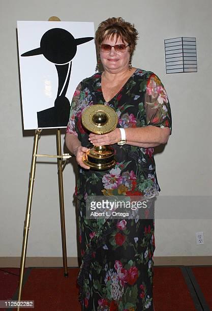 Sharon Leibowitz reciepient of Service Award for Bill Leibowitz owner of Golden Apple Comics