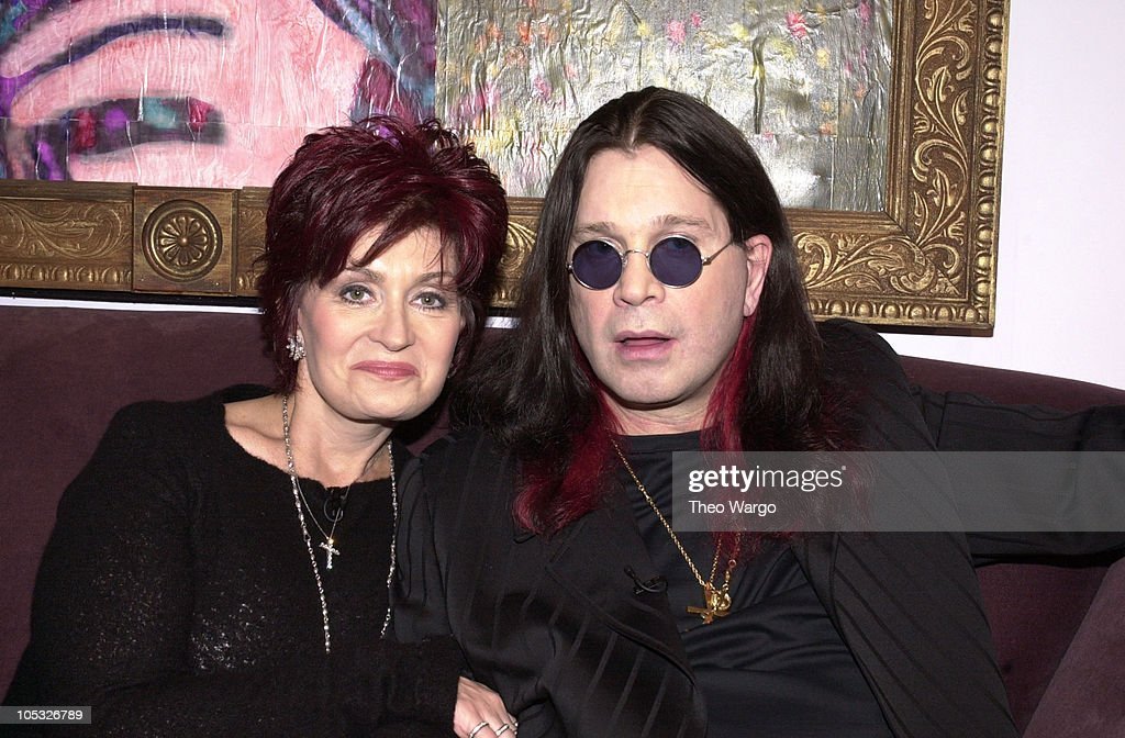 """The Osbourne Family Visits MTV's """"TRL"""" - March 17, 2002 : News Photo"""