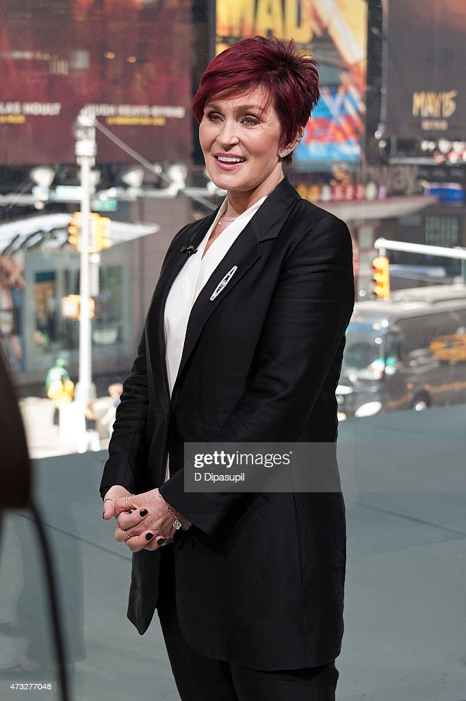 Sharon Osbourne visits 'Extra' at their New York studios at H&M in Times Square on May 14, 2015 in New York City.