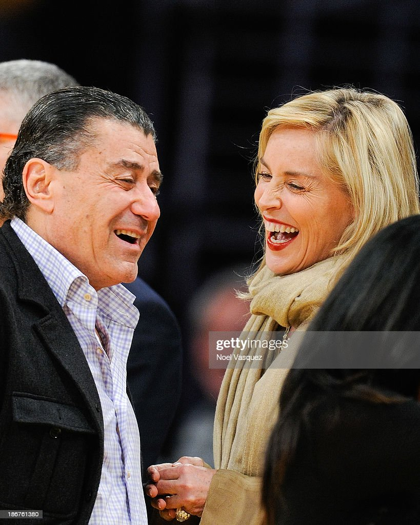 Celebrities At The Los Angeles Lakers Game : News Photo