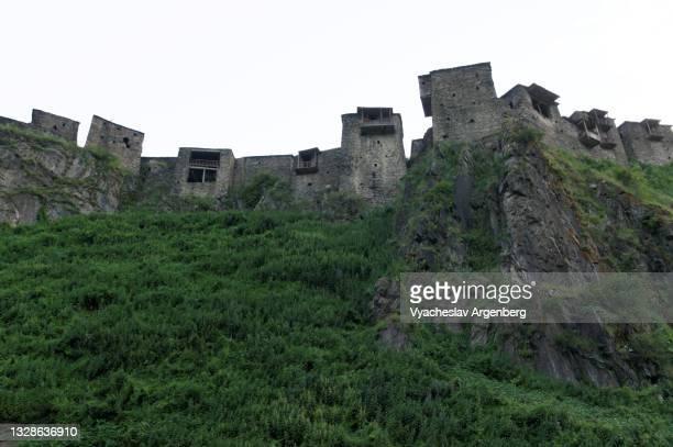 shatili fort, khevsureti, georgia - argenberg stock pictures, royalty-free photos & images