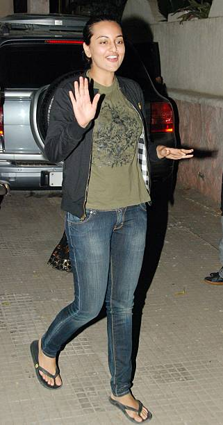 Shatrughan Sinha`s daughter Sonakshi at a special screening of the film Veer in Mumbai on January 20 2010